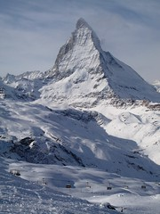 IMG_7305 (chrisgandy2001) Tags: mountain snow ski switzerland skiing bluesky snowboard zermatt matterhorn bluebird skitrips cervino sweiss gettyvacation2010