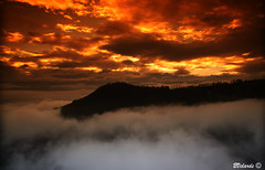 Between The Clouds - Entre Las Nubes (Ecuador) (Bernai Velarde Photography ) Tags: mountains clouds america canon eos ecuador south filter cokin velarde 50d bernai abigfave archivofotograficoecuatoriano