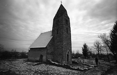 The Church in Strei in winter (horosu) Tags: leica zeiss kodak m3 coolscan classicblackwhite zeisscbiogon21mmf45 tmy2 biogon2145zm
