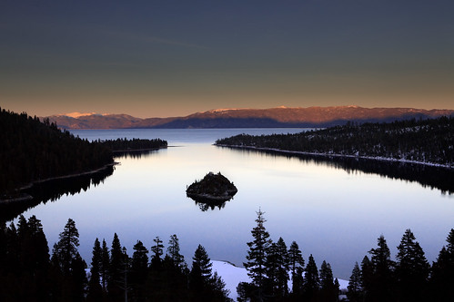 Emerald Bay before sunset (by Andrew Ng Images)