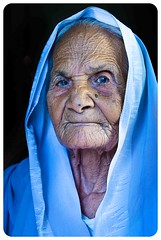 granny in colour (sibtainn) Tags: old india grandmother granny dadi wrinkles oldage nani grandmom sibtainn