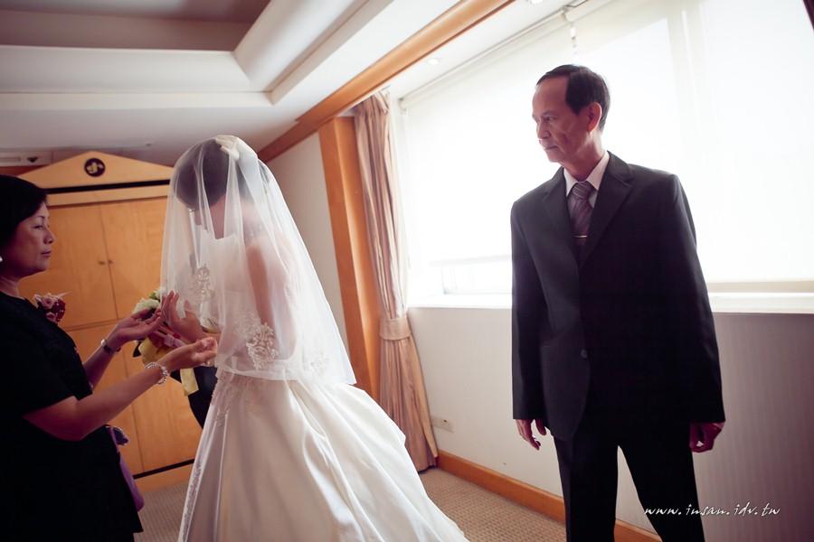 wed110507_334