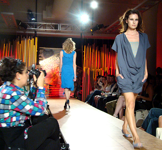 Project Earth Day Fashion Show, Alyson Fox dress, Project Earth Day Eco Fashion Show 2008, Green Fashion, Eco Fashion, Sustainable Style, Organic Fashion, Inhabitat photography, Jill Fehrenbacher photography, eco fashion, Green Project Runway