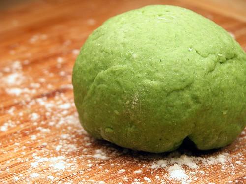 Spinach pasta dough
