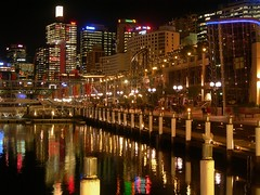 Darling Harbour - Sydney (blevefrancesco) Tags: ocean city sea panorama art night mare sydney australia vista darlingharbour luci notte molo paesaggio oceano citt palazzi riflesso vsta grattacieli 5photosaday aplusphoto lifebeautiful