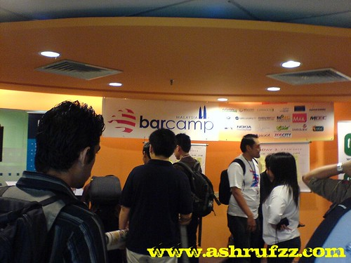 BarcampMalaysia KL Morning Registration at Xtrain