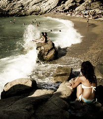ikaria (Fotis ...) Tags: girls sun surf waves ikaria rocky nas meltemi mysummer