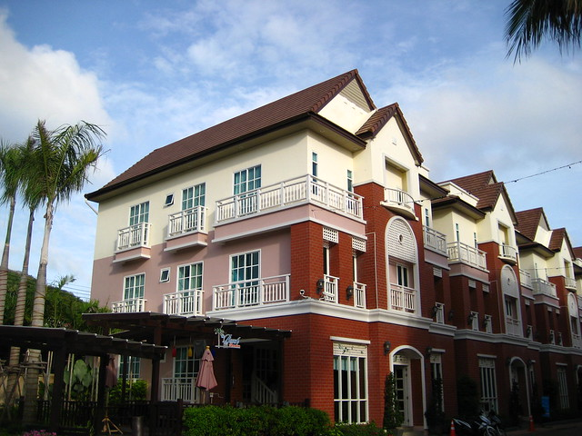 Phuket Hotel in Beach Spa Resort