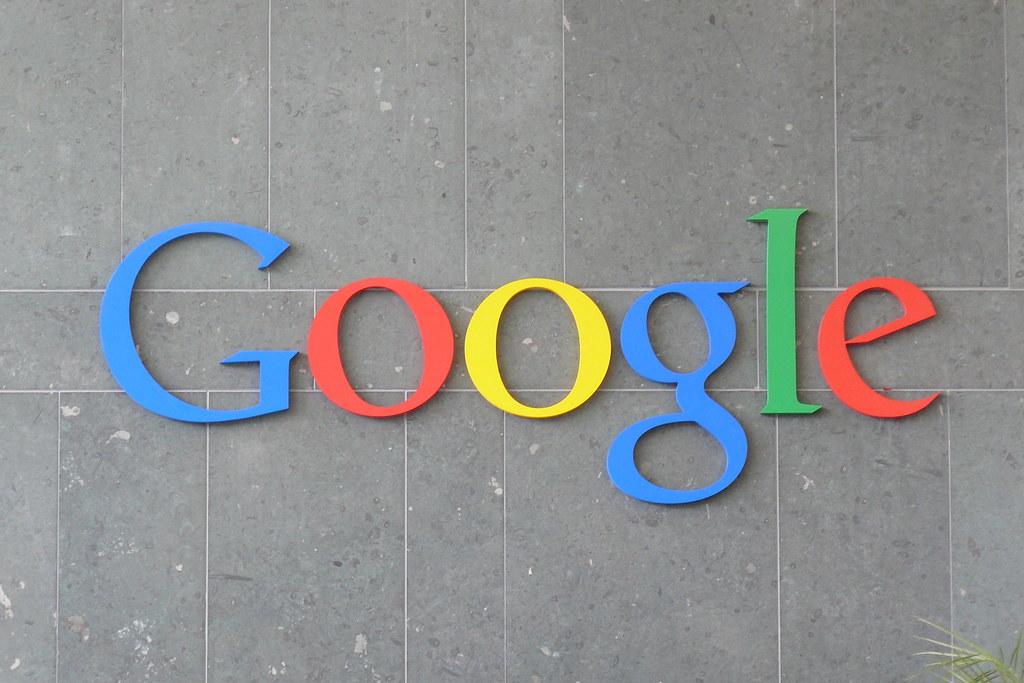 Google by Carlos Luna, on Flickr