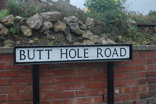 Butt Hole Road, Conisbrough by David Locke1
