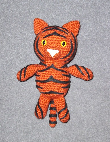 Thomas the Tiger Free Amigurumi Pattern | Jess Huff | 500x388