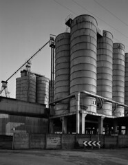 Silos sul Sile 1 (facavek) Tags: bw film 5 fiume bn 150 f45 4x5 silos 100 f2 nikkor rodinal 90mm sinar foma sile 10x12