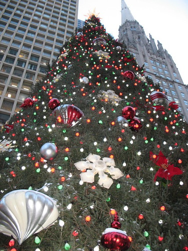 Daley Center Christmas tree