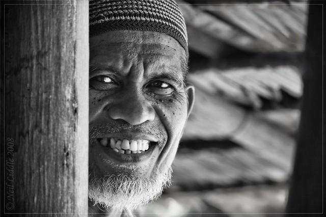 portrait people bw smile indonesia 2008 sulawesi iman rtwoverland