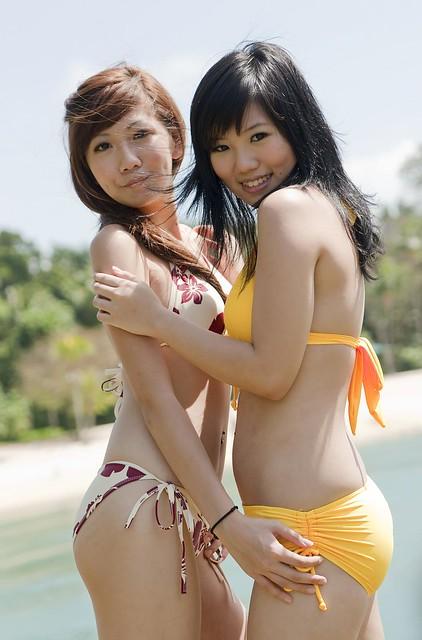 Svelte Singapore model Karen posing with another lingerie model