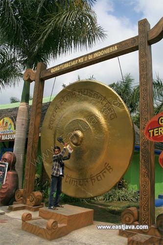 The Biggest Gong in Jatim Park - Batu