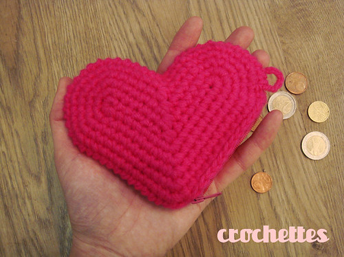 New heart purse by Crochettes