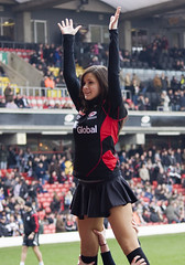 Sarries New Lineout Jumper? (Steve_C) Tags: sport canon march rugby sigma dancer cheerleader sensations 2009 hertfordshire watford saracens vicarageroad rugbyunion guinesspremiership 70300mmf456apodgmacro eos40d saracensvsale stephlindt