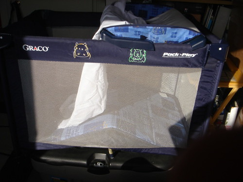 Graco Pack'n play Portable Playard with Changing Station
