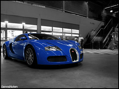 Veyron bw+colour. (Denniske) Tags: blue 2 bw holland color colour netherlands car canon eos rebel kiss long exposure blauw 4 dream nederland fast super eindhoven x pole bleu 164 vehicle 16 dennis blau bugatti supercar position seconds eb w16 veyron noordbrabant zw bwcolor kleur noten northbrabant carspotting dreamcar bwcolour 2seconds 2sec xti 400d rebelxti eos400d kissx denniske dennisnoten zwkleur