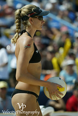 Kerri_Walsh_3 (John Barrie Photography) Tags: mistymay goldmedalist sandvolleyball masonohio kerriwalsh beijingolympics probeachvolleyball kerrywalsh avpvolleyball volleyballcincinnati johnbarrie johnbarriephotography velocityphotography avpmason