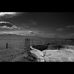 exploration : Salton Sea, North Shore - the ominous view (tofu_minx) Tags: shadow sun broken pool clouds contrast swimming blackwhite afternoon curve exploration soe decayed saltonsea bwdreams diamondclassphotographer flickrdiamond