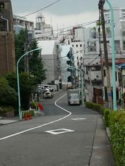 tokyo1027 (tanayan) Tags: road street city urban japan geotagged lumix tokyo cityscape panasonic   ebisu slope dmcfx100 geo:lat=356495872 geo:lon=1397057858