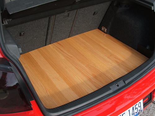 Wood Floor In The Trunk Like A Truck Bed Nasioc