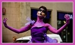 Barcelona (Rambla) - Dancer (mastrobiggo) Tags: ballerina purple humanstatue viola statua barcellona rambla statuaumana