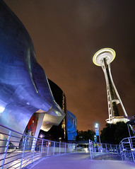 purple EMP (donjiva(away)) Tags: seattle longexposure night washington nightshot spaceneedle experiencemusicproject emp seattlecenter d40 d40x tokina1116mm