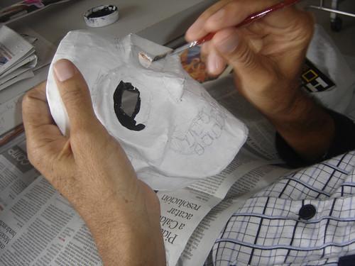 pintando la máscara