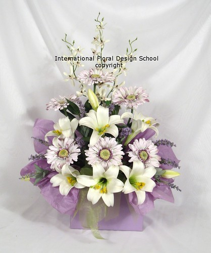 Flower Arranging - Gift Box Arrangement