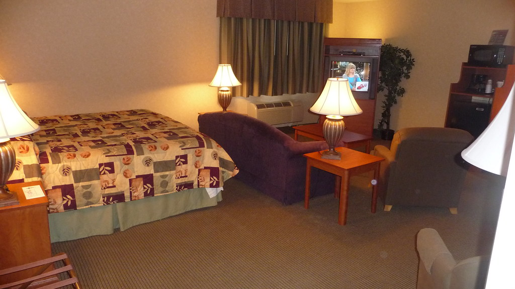 Bellingham Guesthouse Inn Suite with sofa sleeper