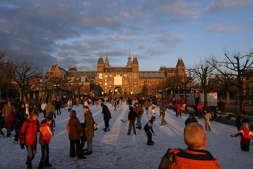 schaatsen museumplein by you.