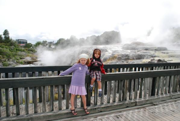 kids_geyser_1