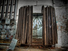 The last curtain did not fall! (Batram) Tags: door abandoned train raw decay curtain railway urbanexploration workshop bahn hdr vorhang urbex werkstatt reichsbahn lostplace batram trainrepairshop reichsbahnausbesserungswerk veburbexthuringia vanishingextraordinarybuildings