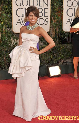 Golden Globes Red Carpet: Eva Mendes in a White Dress