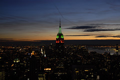20090104_1823__DSC0038 (Renato Esti) Tags: city nyc newyorkcity sunset sky panorama ny newyork skyline skyscraper buildings lights tramonto dusk manhattan observatory cielo empirestatebuilding luci grattacielo topoftherock citt edifici crepuscolo ny09 nyc09 renatoesti