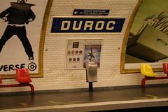 göztepe rocks ! (ÇaD) Tags: city paris metro chad seats cagdas duroc ozturk göztepe deger cagdasdeger