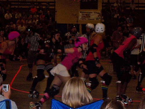 nrv's jammer passing the blockers