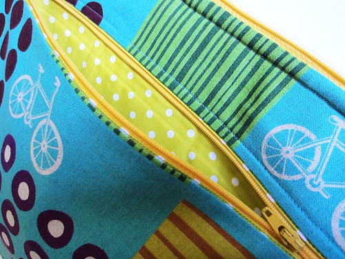 laptop case zippered pocket