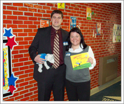 Kelly LaVaute and Jim Woodworth from Quicken Loans at the Savage Elementary Read-A-Thon. by whatsthediffblog, on Flickr