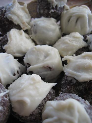Badem unlu truffle