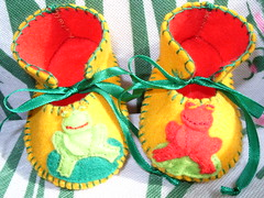 gold and red handmade baby booties with cute frog motifs-hand-stitched (Funky Shapes) Tags: uk baby cute animals kids children gold shoes handmade gift kawaii frogs animales etsy toddlers sapos slippers booties maryjane bootees wholesale babybooties babyshowers etsykids etsybaby