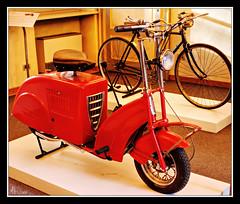 Anni '50 - Prototipo Vespa FIAT (Lonelywolphoto / Dan Enrietti) Tags: italy vintage europa europe italia fiat hdr modernariato sonyalphadslr sonya700 prototipovespa