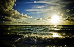 sunrise at the shore (eyecbeauty) Tags: ocean sky water sunrise searchthebest shoreline wave atlantic soe breathtaking smörgåsbord iloveit cotcmostfavorited supershot abigfave shieldofexcellence platinumphoto anawesomeshot diamondclassphotographer flickrdiamond ysplix theunforgettablepictures theperfectphotographer sobesunrise canonef163528liiusm breathtakinggoldaward magicdonkeysbest pigawards dragondaggerphoto dragondaggeraward breathtakinghalloffame