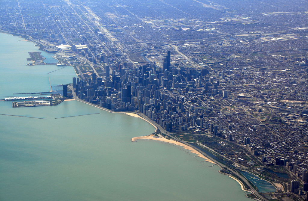 Miami and Chicago's Skyline (bigger, Florida, live, compared) - City