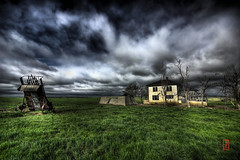 The House of Murdo (@!ex) Tags: old abandoned nature grass clouds farmhouse southdakota america vintage landscape pentax creepy handheld prairie epic dakota hdr murdo aficionados sigma1020mm spselection k10d pentaxk10d trashbit alexbenison goldstaraward damniwishidtakenthat