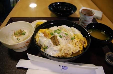 Lunch: Katsu-don @ Misasa