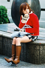 japanese girl in winter costume (colodio) Tags: santa xmas costumes winter red woman snow cold cute girl fashion japan stone japanese tokyo la costume boots shibuya style noel du teen kawaii granite teenager felice miniskirt fille pere japon klaus mittens 109 mitten japonais subculture revisited девушки moufle beato marienoelle chappatsu colodio jkid scanné 021217 японские fh020021021217wintercostumev8 fuji0000